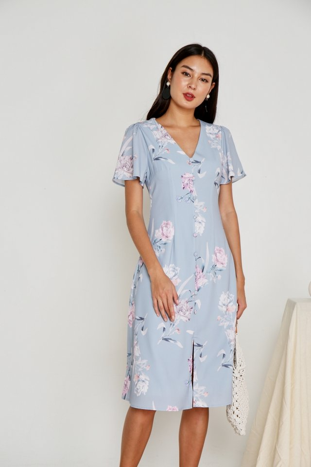 Levona Floral Button Midi Dress in Blue