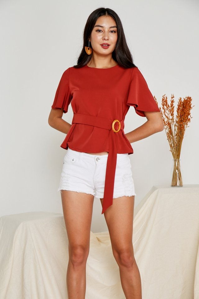 Isabelle Buckle Rattan Top in Rust