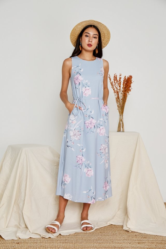 Wendey Floral Maxi Dress in Blue