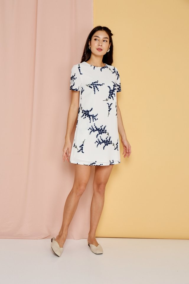 *BACKORDER* Rowena Printed Sleeves Shift Dress in White