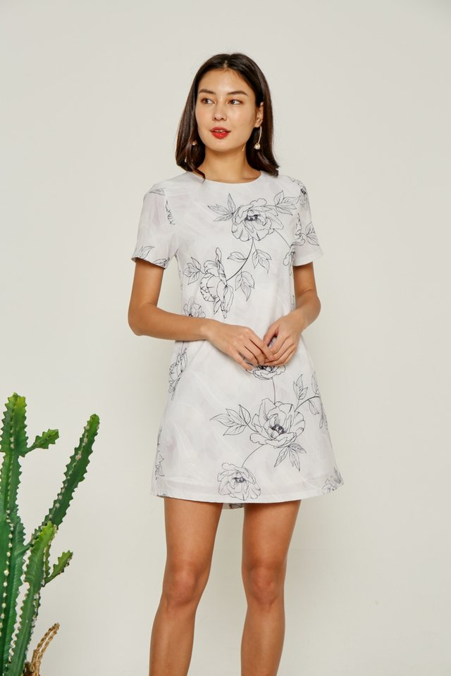 *Online Exclusive* Selene Abstract Floral Shift Dress in Grey