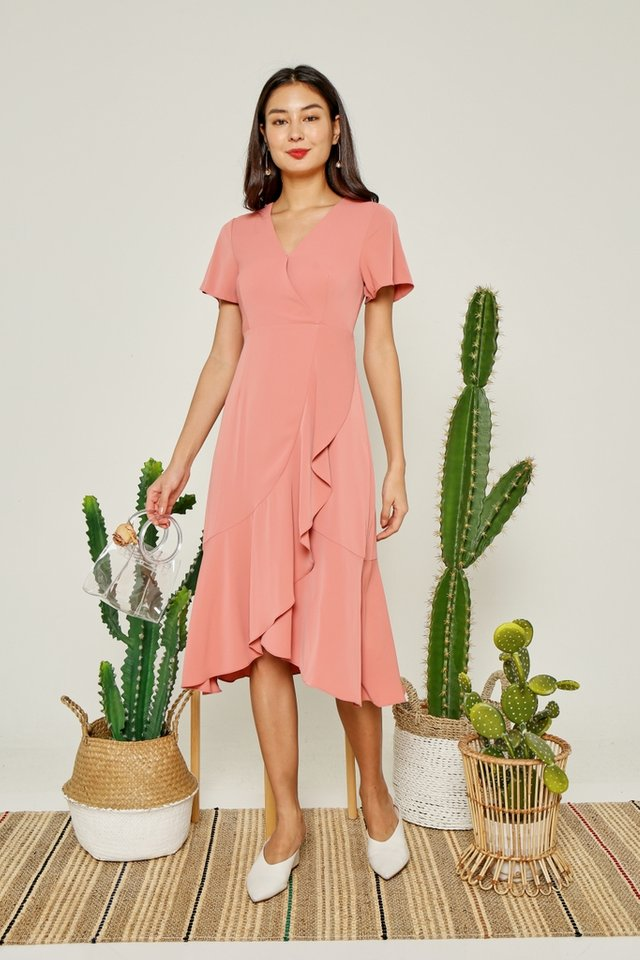 Avalyn Petal Hem Midi Dress in Sweet Coral