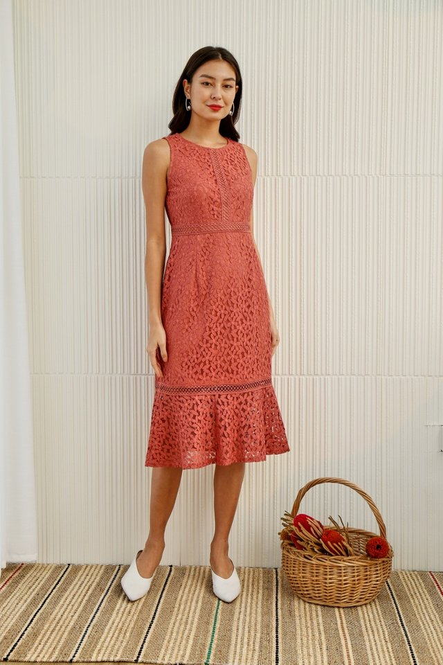 *Online Exclusive* Averi Eyelet Trim Lace Mermaid Dress in Peach