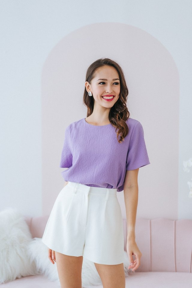 Alayna Textured Shift Top in Lilac
