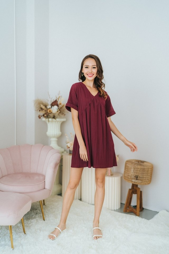 *BACKORDER* Camille Textured BabyDoll Dress in Wine