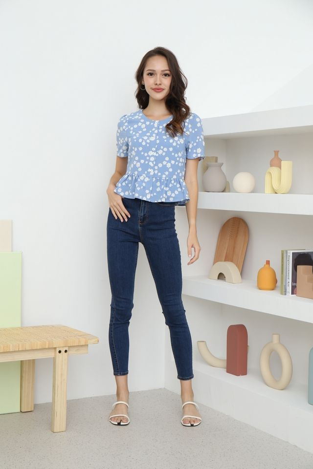 Dana Floral Button Top in Blue
