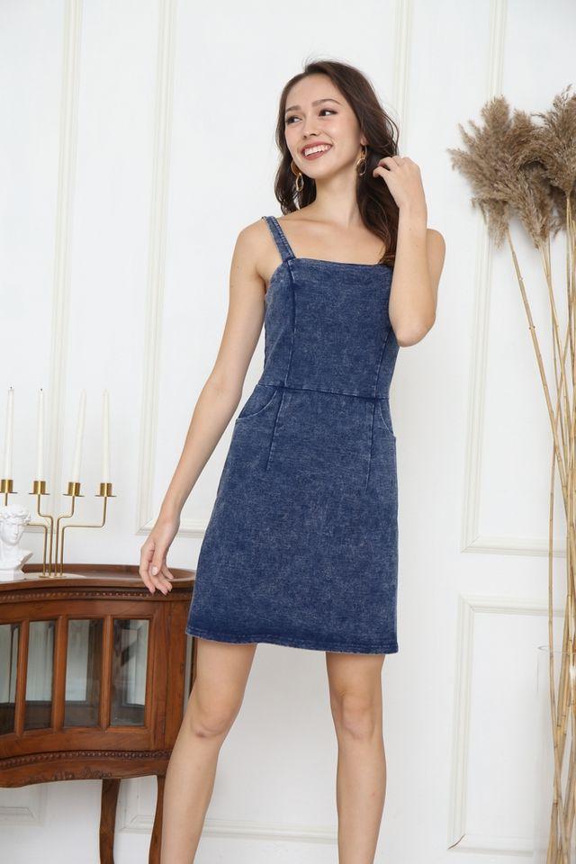 Nastasia Square Neck Denim Dress in Mid Wash