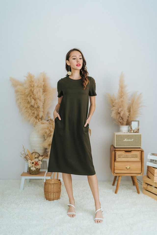 Earleen Basic Cotton Midi Dress in Olive