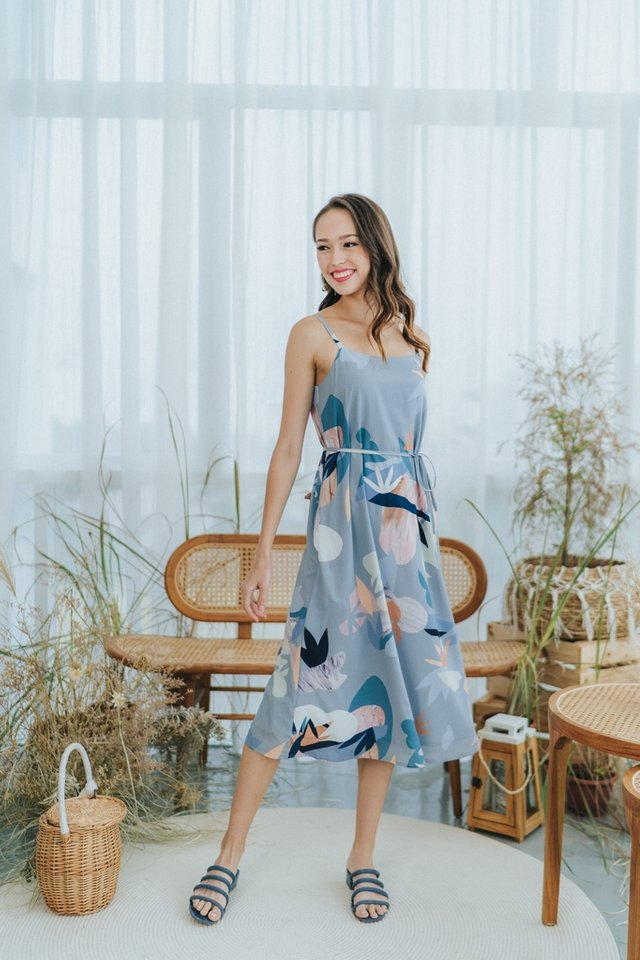 Savina Abstract Floral Midi Dress in Blue