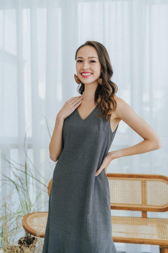Sonya Textured Ruffles Midi Dress in Grey