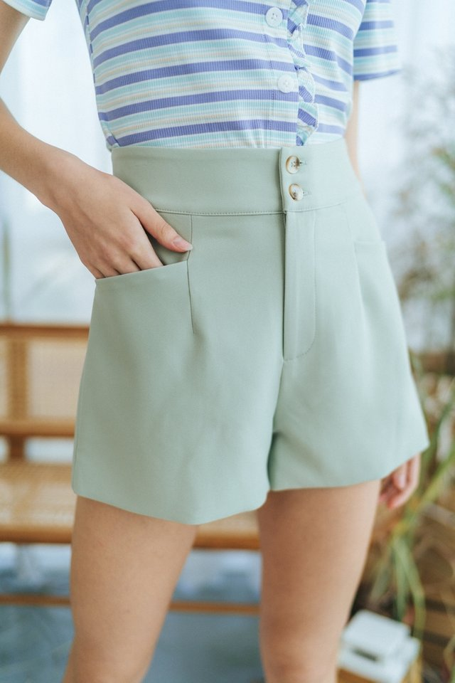 Harlow Button Pocket Shorts in Sage