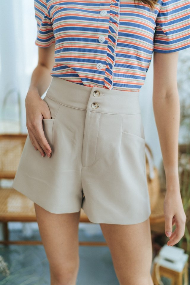 Harlow Button Pocket Shorts in Sand