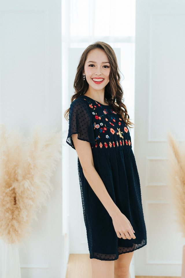 *BACKORDER* Shay Swiss Dot Floral Embroidery Dress in Navy