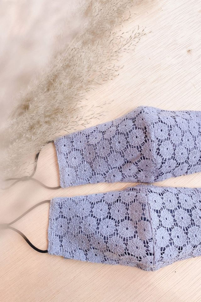 TSW Everlee Lace Mask in Lilac Grey