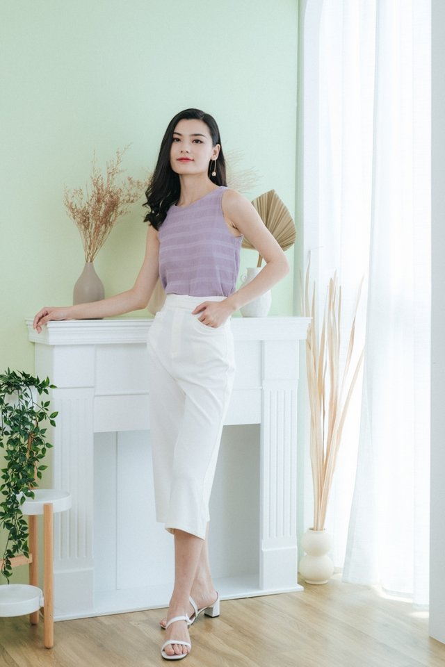 Jiselle Textured Sleeveless Top in Lilac