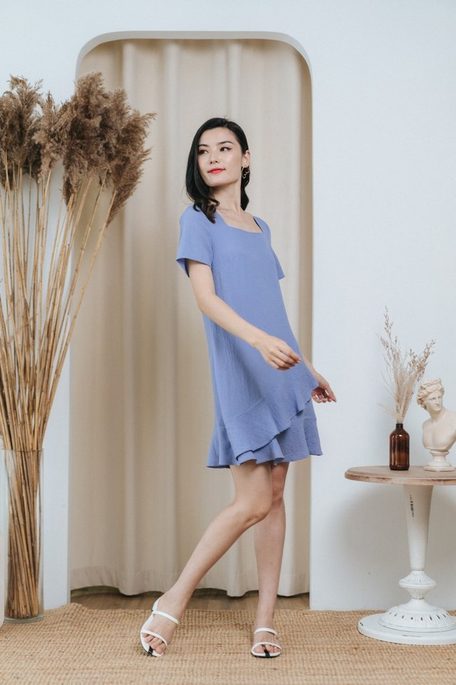 Paola Textured Tiered Ruffles Dress in Blue