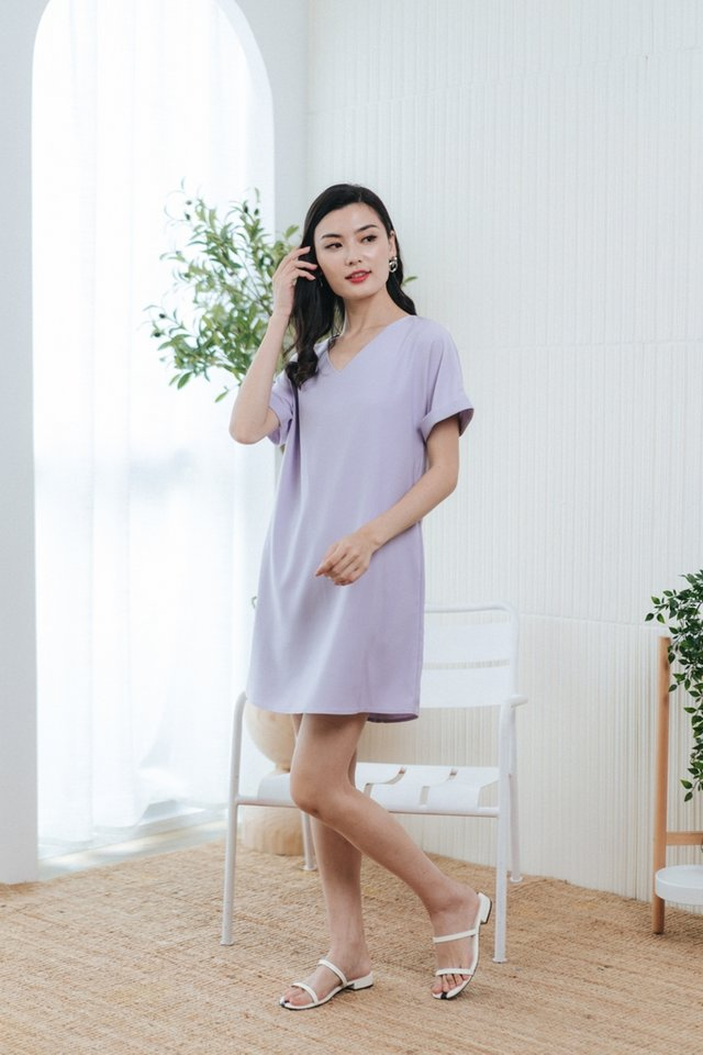 Lucille Tabbed Sleeves Shift Dress in Lavender