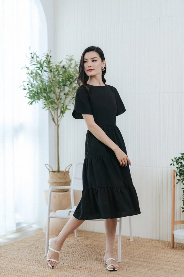 Pamella Textured Tiered Midi Dress in Black