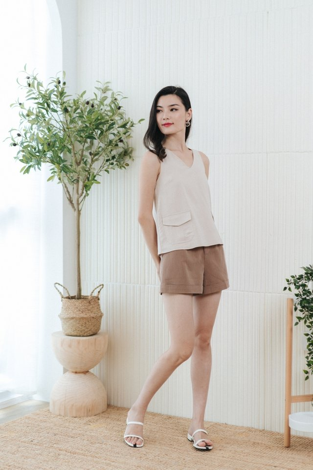 Minerva Pocket Sleeveless Top in Sand