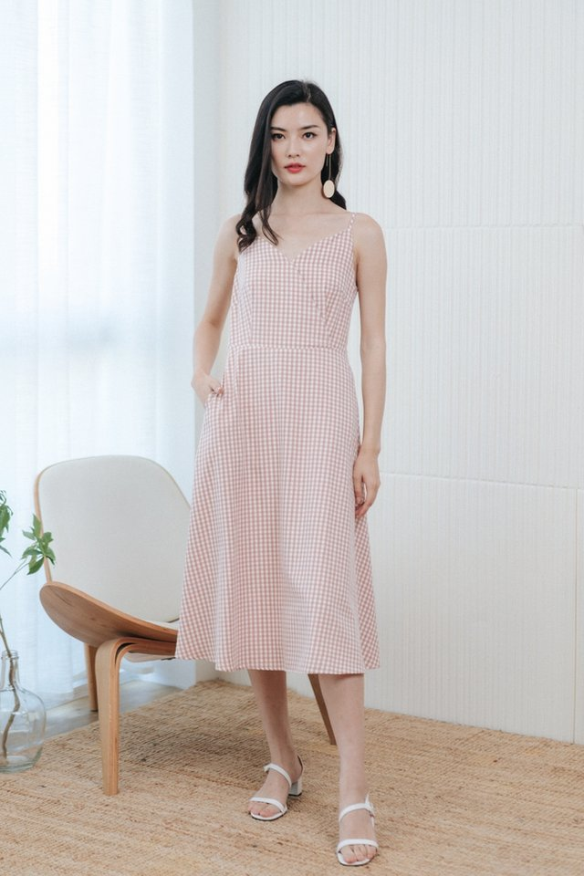 Britta Gingham Midi Dress in Blush